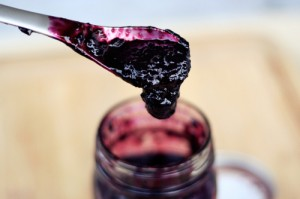 Concord Grape Jam. Source: Tasty Yummies blog. (Link to website embedded within photo.)
