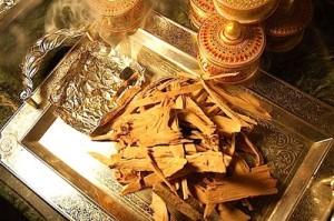 serge lutens l 39 orpheline incense cream kafkaesque. Black Bedroom Furniture Sets. Home Design Ideas