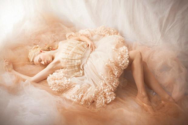 Photo: Vivienne Mok for Kaltblut. Source: .fashionising.com