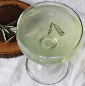 Douglas Fir Eau de Vie Cocktail. Source: autumnmakesanddoes.com