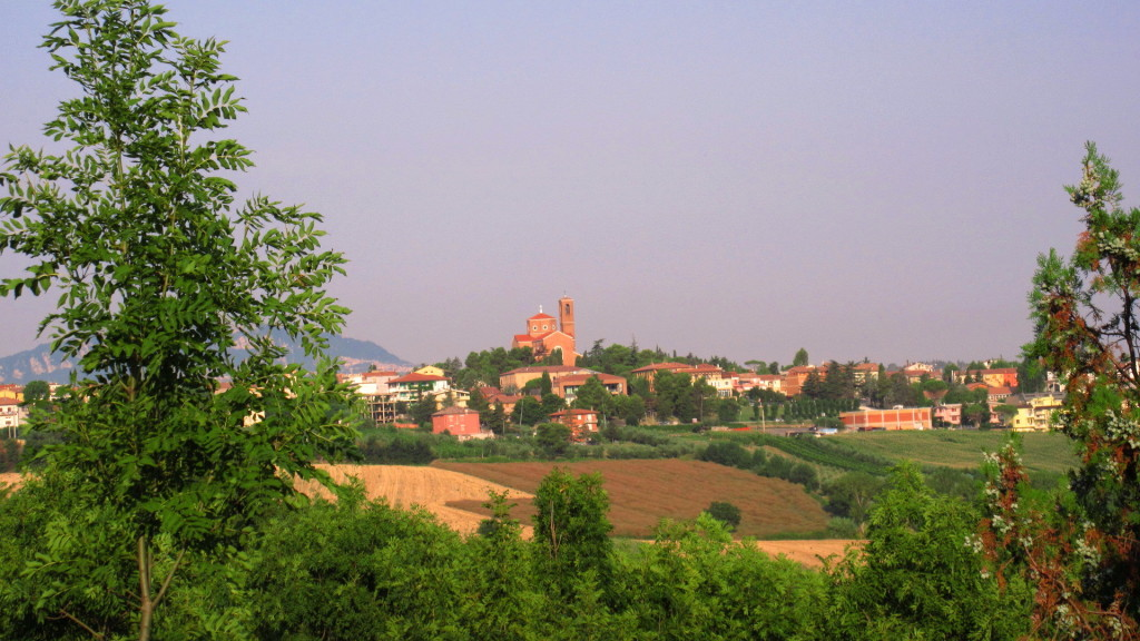 Coriano, as seen from the Germano Reale terrace. Photo: my own.