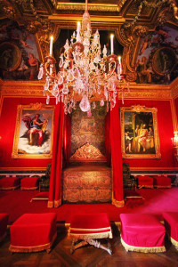"Royal bedroom at Versailles. Photo & Source: ""Kevin and Amanda"" travel site. (Direct website link embedded within.)"
