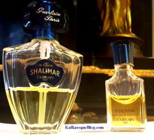 Vintage 1978 Shalimar EDT left, vintage 1984 Shalimar Parfum de Toilette, a stronger concentration on the right. Photo: my own.