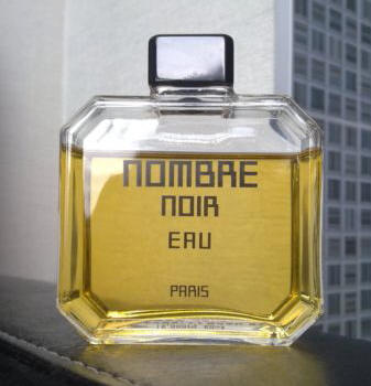 "Nombre Noir 60 ml EDP bottle. Photo: ""14w0rdss"" on eBay. [Photo lightly cropped by me.]"